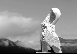 FILOSTELLA,_Carrara_marble,_150_x_80_x_50_cm,_Oulx,_Italy,____2010
