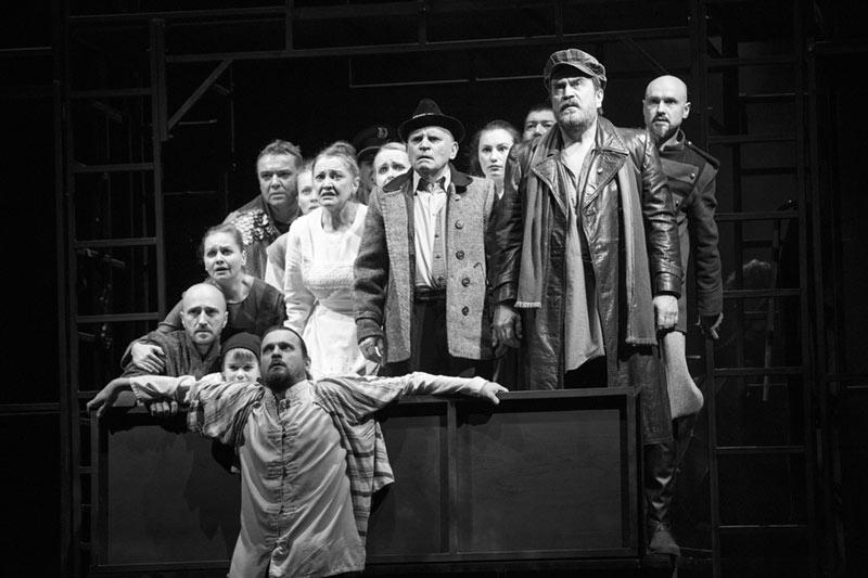 Lecție de Brecht pe scena Szigligeti